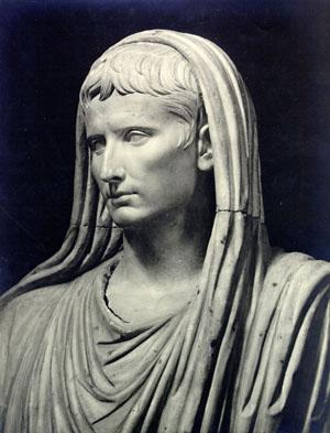 augustus_as_pontifex_maximus